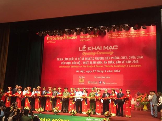 Ouverture de l'exposition Secutech Vietnam 2016 a Hanoi hinh anh 1