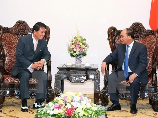 Le PM Nguyen Xuan Phuc recoit l'ambassadeur special Vietnam-Japon hinh anh 1