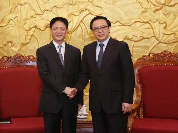 Visite de travail d'une delegation du Parti communiste chinois au Vietnam hinh anh 1