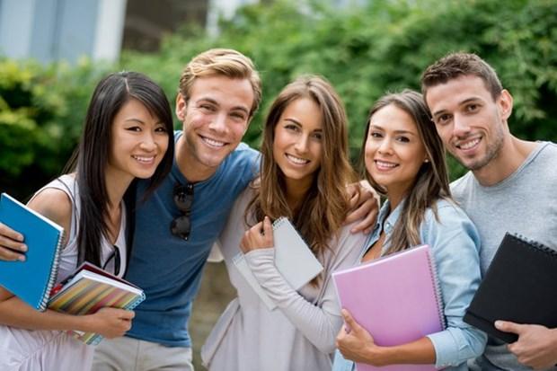 Quelque 340 etudiants australiens suivront un cursus au Vietnam hinh anh 1
