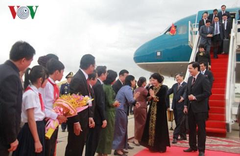 La presidente de l'AN entame sa visite d'amitie officielle au Cambodge hinh anh 1