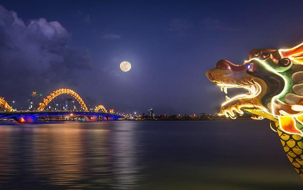 Exposition de belles photos sur le tourisme de Da Nang hinh anh 1