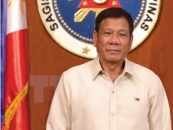 Le president philippin Rodrigo Roa Duterte entame sa visite officielle au Vietnam hinh anh 1