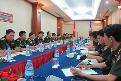 Programme d'echange de jeunes officiers Vietnam-Laos hinh anh 1