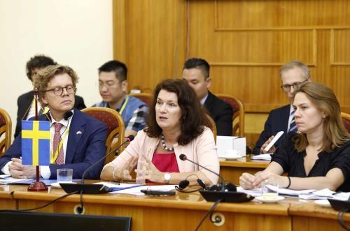 Hanoi accueille favorablement les investisseurs suedois hinh anh 2