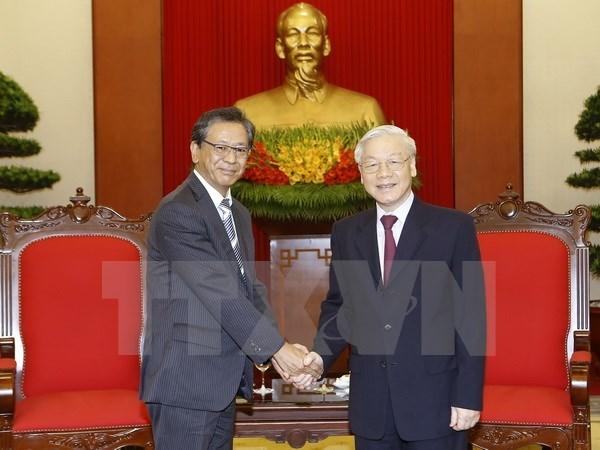 Le secretaire general du PCV recoit l'ambassadeur du Japon au Vietnam hinh anh 1