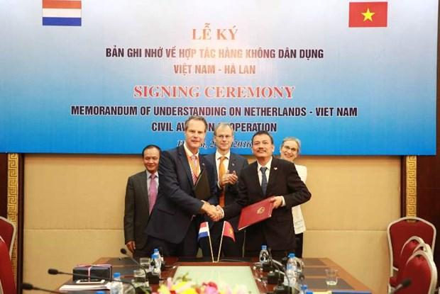 Les Pays-Bas soutiennent le developpement du secteur de l'aviation civile du Vietnam hinh anh 1