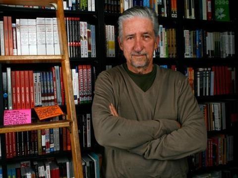 Tom Hayden, icone de la lutte contre la guerre du Vietnam, est decede hinh anh 1