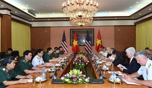 Le Vietnam tisse des liens dans la defense avec les Etats-Unis et le Cambodge hinh anh 1