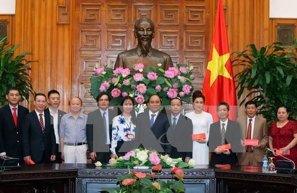 Le Parti et l'Etat favorisent le developpement des petites et moyennes entreprises hinh anh 1