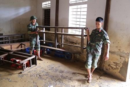Quang Binh : apres les crues, l'entraide hinh anh 1