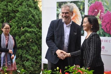 Yen Bai (Vietnam) et Val-de-Marne (France) celebrent 20 ans de cooperation hinh anh 1