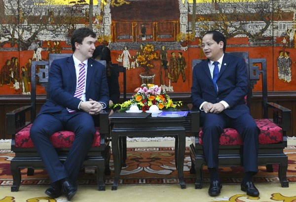 Hanoi et Prague promeuvent la cooperation au developpement hinh anh 1