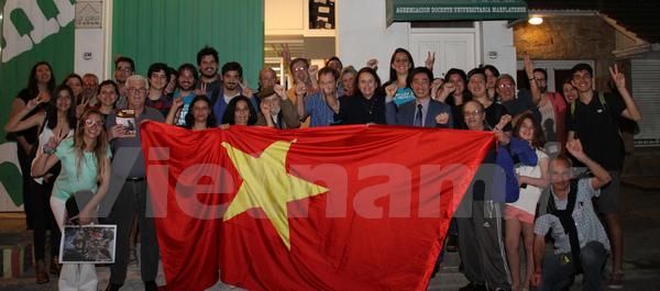 Activites de promotion de l'image du Vietnam en Argentine hinh anh 1