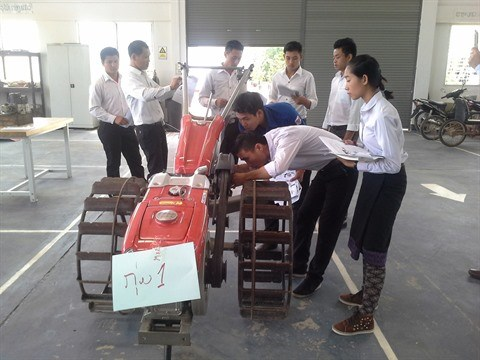 Programme REG 100, l'adequation entre formation et emploi hinh anh 2