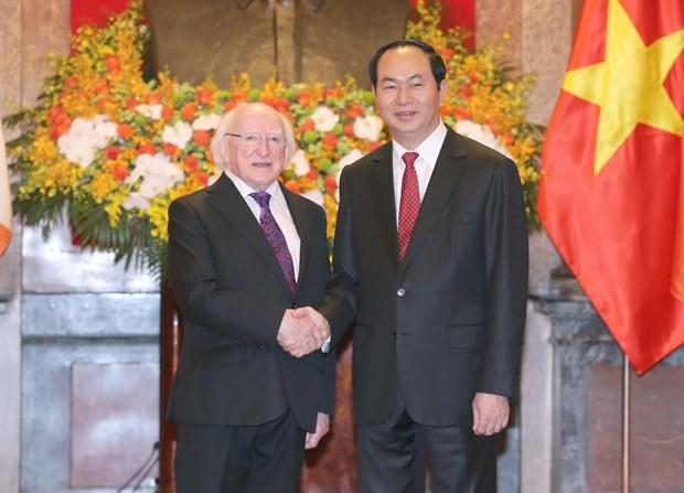 Le president irlandais termine avec succes sa visite d'Etat au Vietnam hinh anh 1