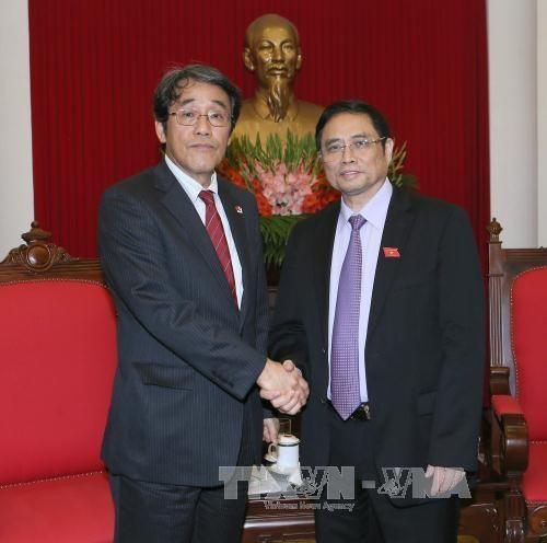 Le Japon renforce ses relations avec le Vietnam hinh anh 1