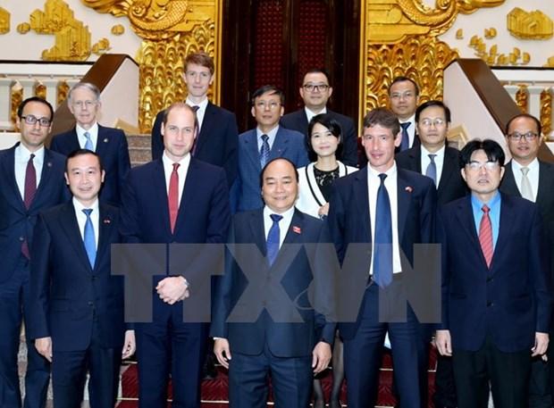 Le Premier ministre Nguyen Xuan Phuc recoit le Duc de Cambridge hinh anh 1