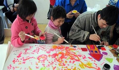 Les enfants defavorises se muent en designers hinh anh 2