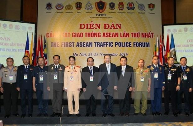 Ouverture du premier forum de la police de la route de l'ASEAN hinh anh 1
