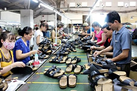Octobre : les exportations de chaussures depassent le milliard de dollars hinh anh 1