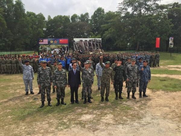 La Chine et la Malaisie effectuent un exercice d'assistance humanitaire hinh anh 1