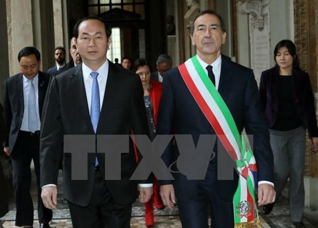Le president Tran Dai Quang rencontre les responsables de Milan et de Lombardie hinh anh 1