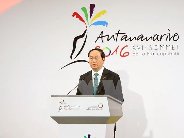Sommet de la Francophonie: le president rencontre des dirigeants etrangers hinh anh 1