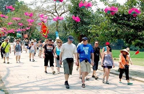 L'objectif de neuf millions de touristes etrangers est atteint hinh anh 1