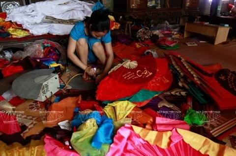 La beaute des eventails traditionnels hinh anh 1