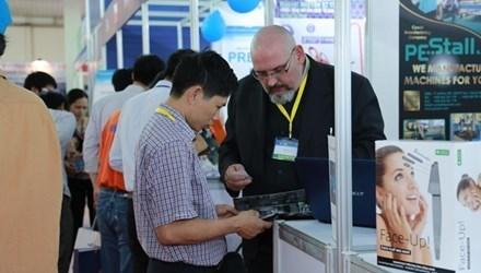 Ouverture de Vietnam Expo et de Vietnam Hardware & Hand Tools Expo 2016 hinh anh 1