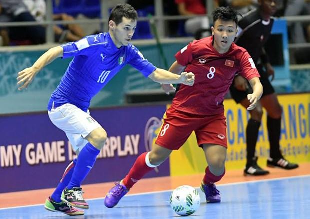 Futsal : le Vietnam remporte la medaille d'argent du tournoi de Jiangsu hinh anh 1