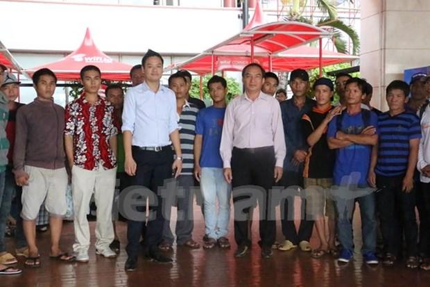 Cinquante-sept pecheurs arretes en Indonesie rapatries au Vietnam hinh anh 1