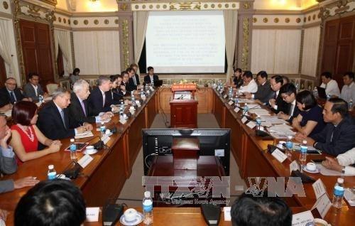 Ho Chi Minh-Ville souhaite cooperer avec les entreprises britanniques hinh anh 1
