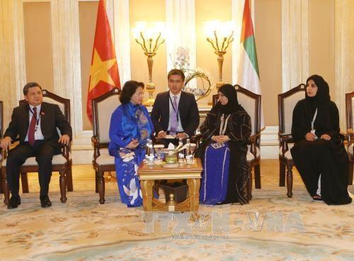 La presidente de l'AN vietnamienne rencontre ses homologues finlandaise et emiratie hinh anh 2
