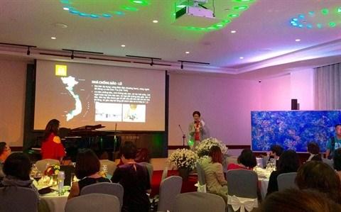 Pres de 1,6 milliard de dongs collectes lors d'une soiree de bienfaisance a Hanoi hinh anh 1