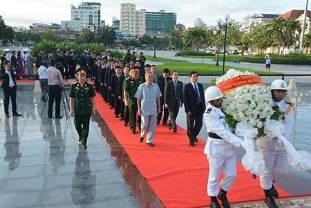 Les 72 ans de l'armee populaire du Vietnam celebres au Cambodge hinh anh 1