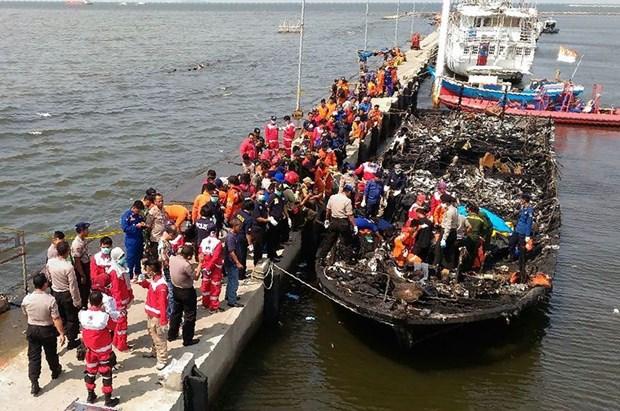 Indonesie : au moins 23 morts dans l'incendie d'un bateau hinh anh 1