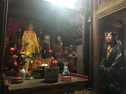 Sculpture sur bois, l'ADN du village de Bao Ha hinh anh 2