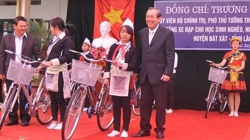 Une delegation du gouvernement en tournee a Lao Cai hinh anh 1