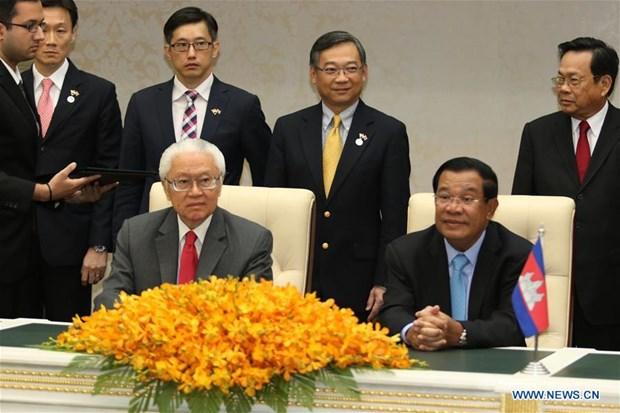 Singapour et Cambodge renforcent leur cooperation dans la formation professionnelle et la sante hinh anh 1
