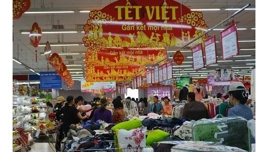 Rendez-vous a la foire-exposition «Tet Viet 2017» a Hanoi hinh anh 1