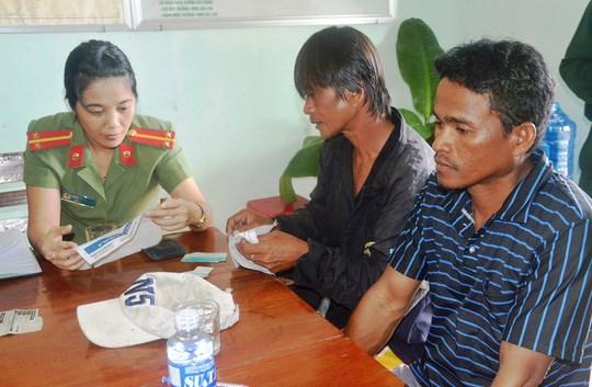 Phu Yen: Sauvetage de deux pecheurs philippins hinh anh 1
