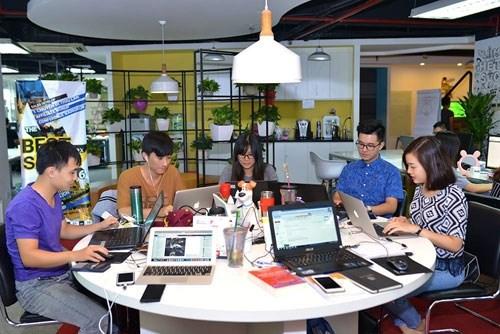 Hanoi lance sa premiere pepiniere d'entreprises informatiques hinh anh 1