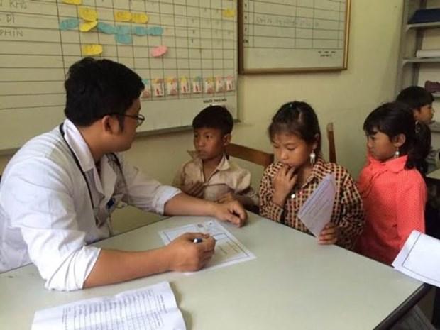 Consultations medicales gratuites en faveur des personnes demunies a Lai Chau hinh anh 1
