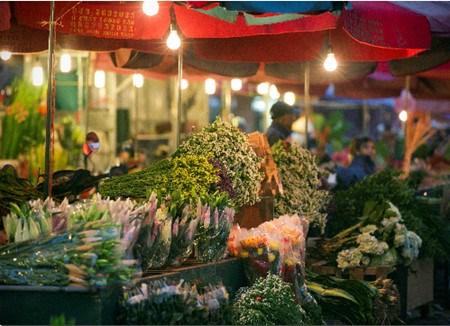 Les marches aux fleurs de Hanoi hinh anh 1