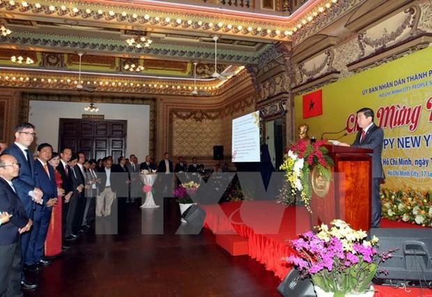 Ho Chi Minh-Ville : rencontre avec les representants des corps diplomatiques hinh anh 1