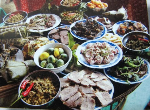 Les coutumes du Tet chez les Thais noirs hinh anh 2