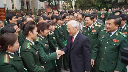 Tet : Nguyen Phu Trong formule ses vœux au Commandement des gardes-frontieres hinh anh 1