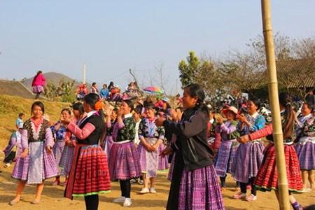 Nouvel An des Mong a Meo Vac, dans la province de Ha Giang hinh anh 1